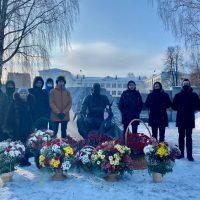 15 февраля у Памятника воинам-интернационалистам прошёл митинг, посвящённый 32-й годовщине вывода советских войск из Республики Афганистан.
